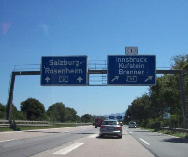 Abgehende Fahrbahn Autobahn